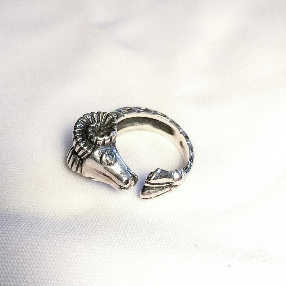 "Ring ""Carnero"" #9"